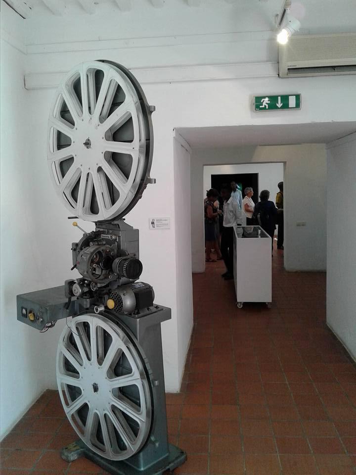 Visita à exposição do Museu do Cinema na Fortaleza de Maputo