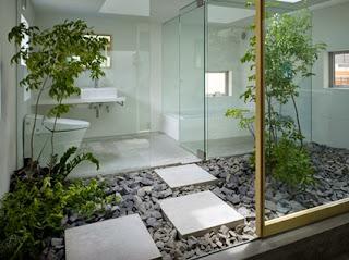 Bathrooms with garden