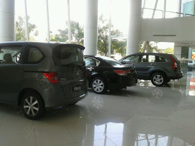 Showroom_Honda_Surabaya_Center_Basuki_Rahmat