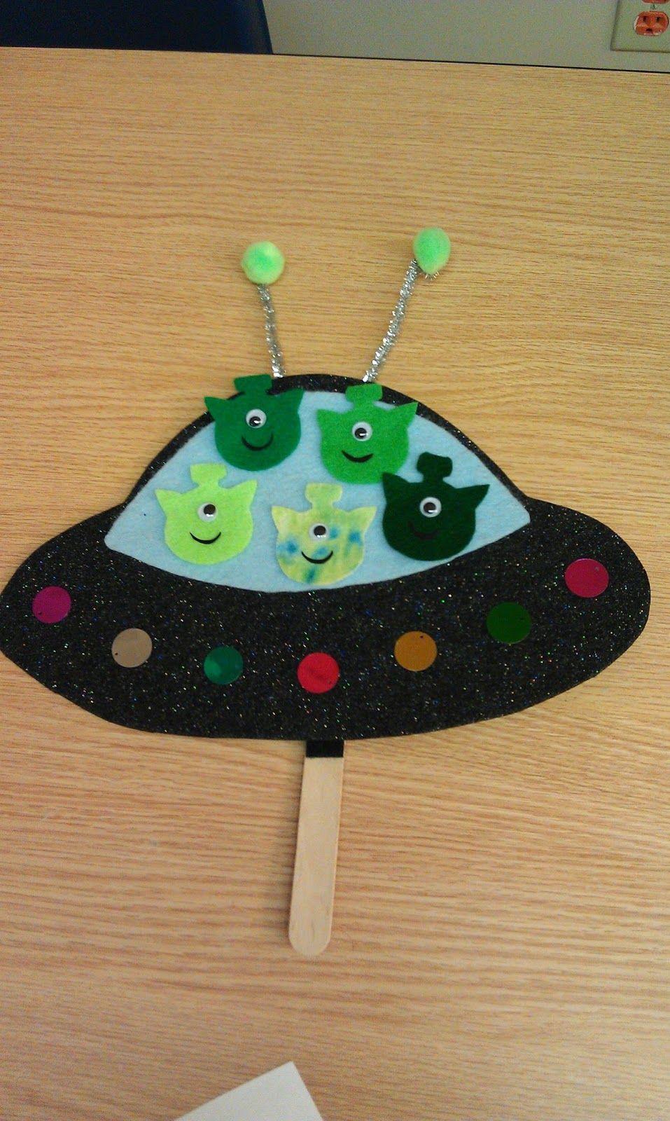 One little librarian toddler time outer space for Outer space crafts