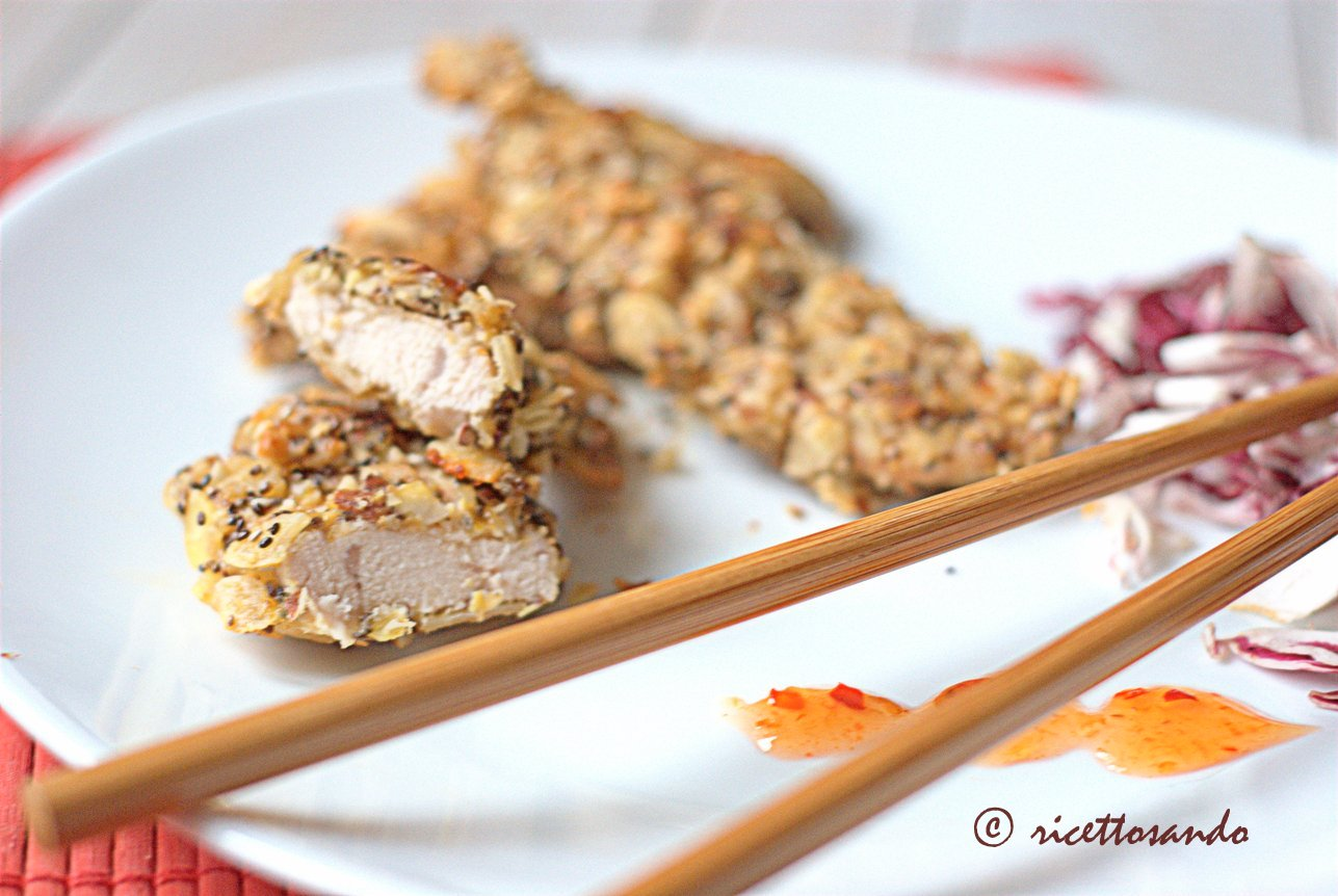 Pollo croccante alle mandorle ricetta per barrette di pollo morbide e golose