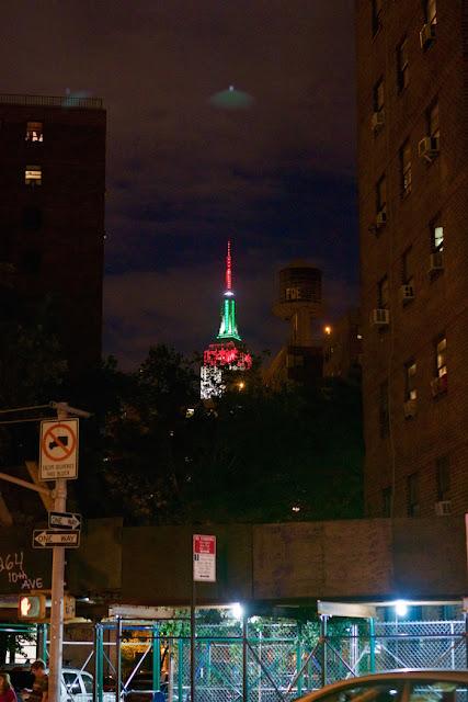 UFO News ~ 8/10/2015 ~ Green UFO Seen Over New York City and MORE UFO%252C%2BUFOs%252C%2Bsighting%252C%2Bsightings%252C%2BJustin%2BBieber%252C%2BMoscow%252C%2Blightning%252C%2Bsun%252C%2Bbeach%252C%2Bphoto%252C%2Bnasa%252C%2Btop%2Bsecret%252C%2BET%252C%2Bsnoopy%252C%2Batlantis%252C%2BW56%252C%2Buredda%252C%2Bscott%2Bc.%2Bwaring%252C%2BBatman%252C%2Borb%252C%2Bball%252C%2B%2BCeres%252C%2Bgarfield%252C%2Bwiz%2Bkhalifa%252C%2Bfathers%2Bday%252C%2Bancient%252C%2BNew%2BYork%252C%2BNY%252C%2B1r