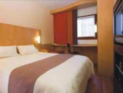 Hotel Bagus Murah Dekat TMII - Ibis Jakarta Cawang Hotel