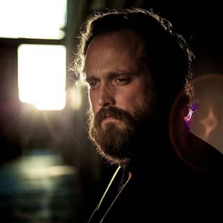 Iron and Wine – Lovers' Revolution Lyrics | Letras | Lirik | Tekst | Text | Testo | Paroles - Source: musicjuzz.blogspot.com
