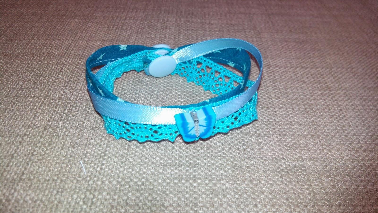 Couture Bracelet en atelier bleu