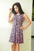 Swathi Dixit Glamorous photo shoot stills-thumbnail-15