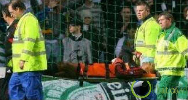 "Nelson Dida ""Ditampar"" Fans Celtic"