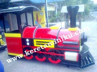 kereta mini locomotif panjang