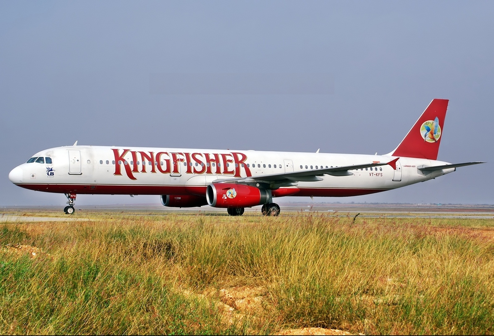 collapse of kingfisher airlines Another reason for its collapse is the takeover of air deccan in 550 crore acquisition there were mixed reactions, some saying that it can be a disaster and some saying it to be a wonder.