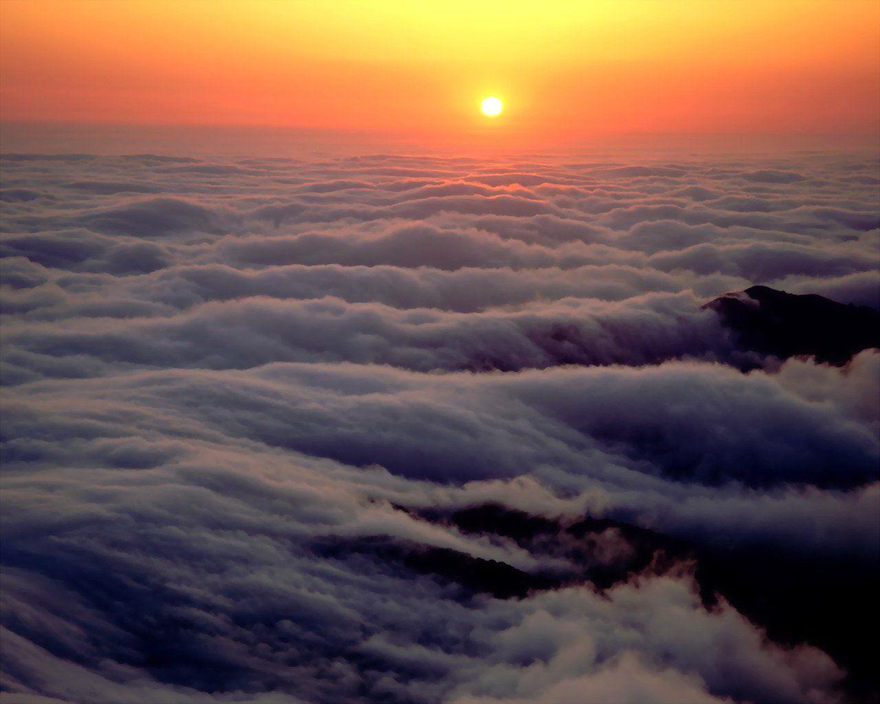 http://2.bp.blogspot.com/-s0A7NDQ5TT0/TdxFaVxtXtI/AAAAAAAAAGw/81Gk0_ovdUo/s1600/Ethereal-Ocean-1-1280x1024-Ocean-wallpaper-nature.jpg