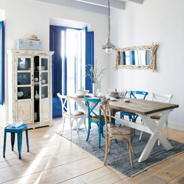 The deco house choisissez le style m diterran en - Sillas comedor maison du monde ...