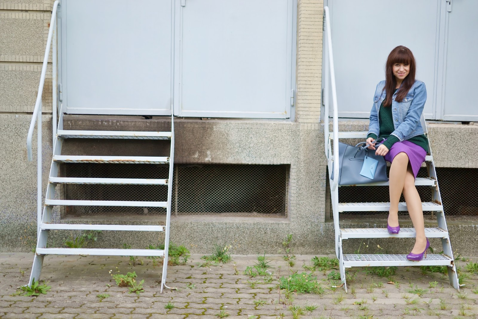 Čo sme komu urobili?_Katharine-fashion is beautiful_Fialová sukňa_Denim bunda_Katarína Jakubčová_Fashion blogger