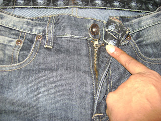 how to prevent zipper from opening