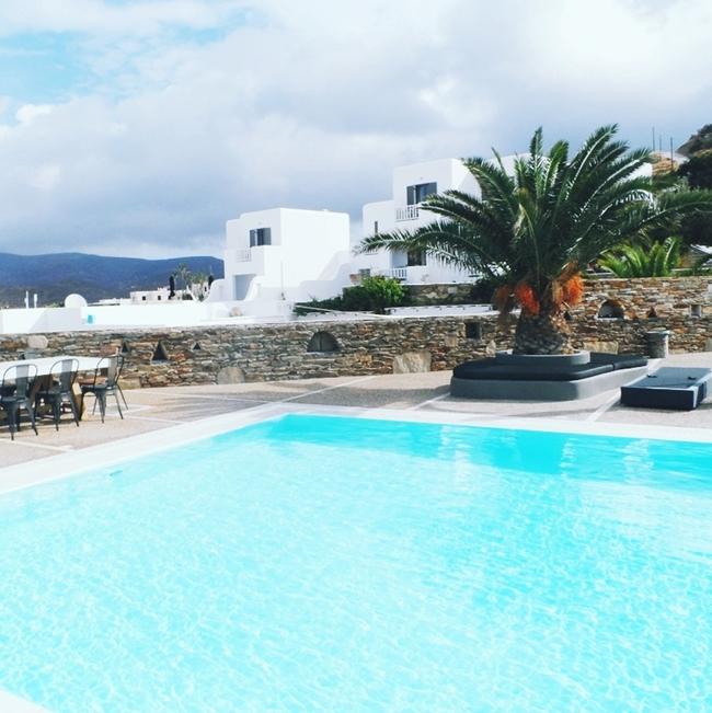 Jelena Zivanovic Instagram @lelazivanovic.Glam fab week.Liostasi hotel & spa,Ios,private pool.