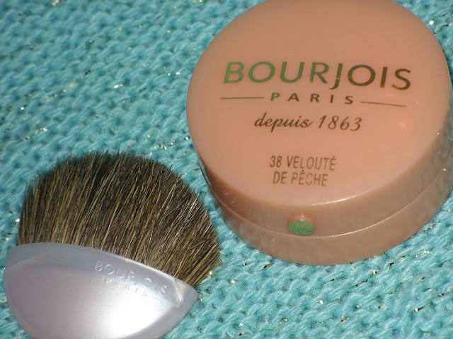 Recenzja: Róż Bourjois Nr 38 Veloute de Peche