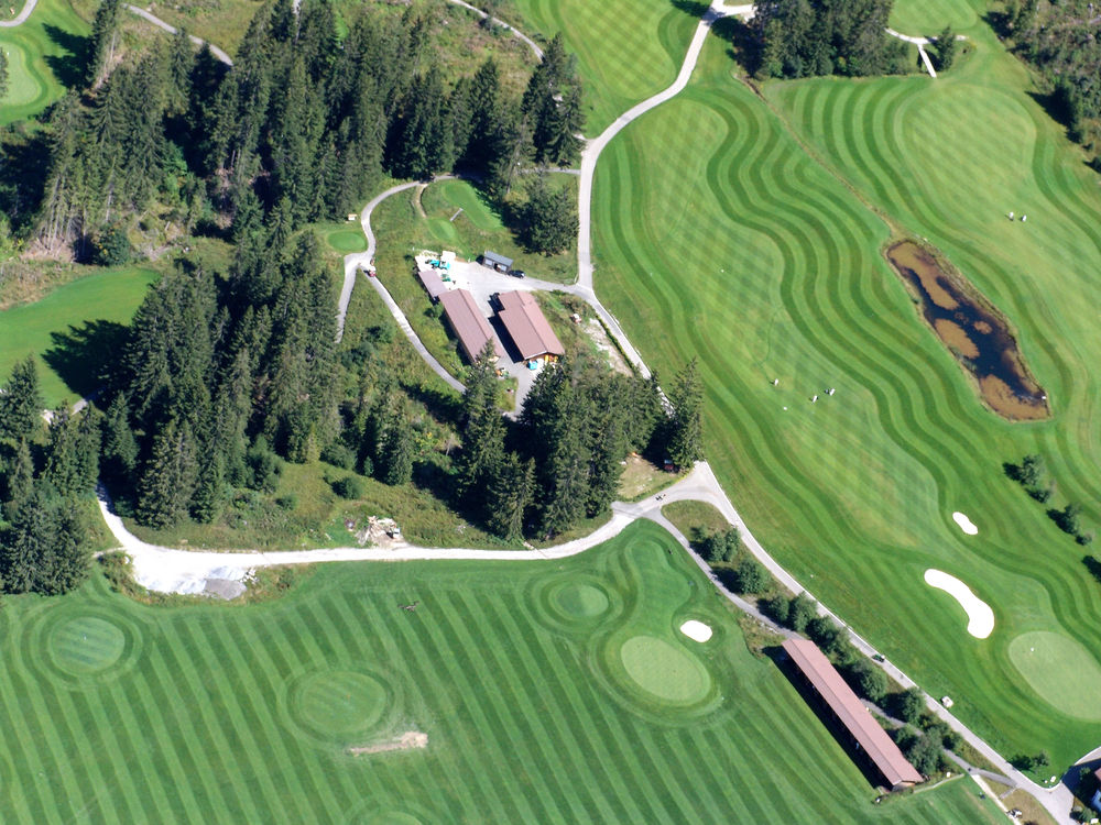 Gstaad Golf. Photo: Gstaad Saanenland Tourismus.