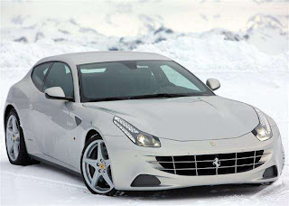 """New_sport_car_2012_ferarri_ff"""