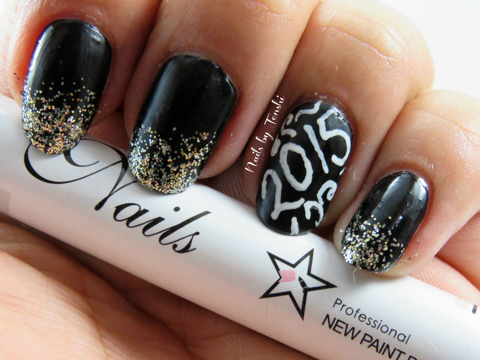 Nails by Tenshi