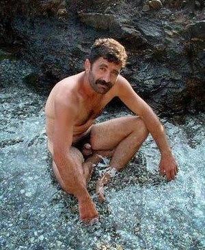 Fotos Amadoras Machos No Mato Pelados Mi Maduros Homens