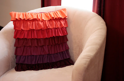 Tutorial: Plum Peachy Ruffled Pillow