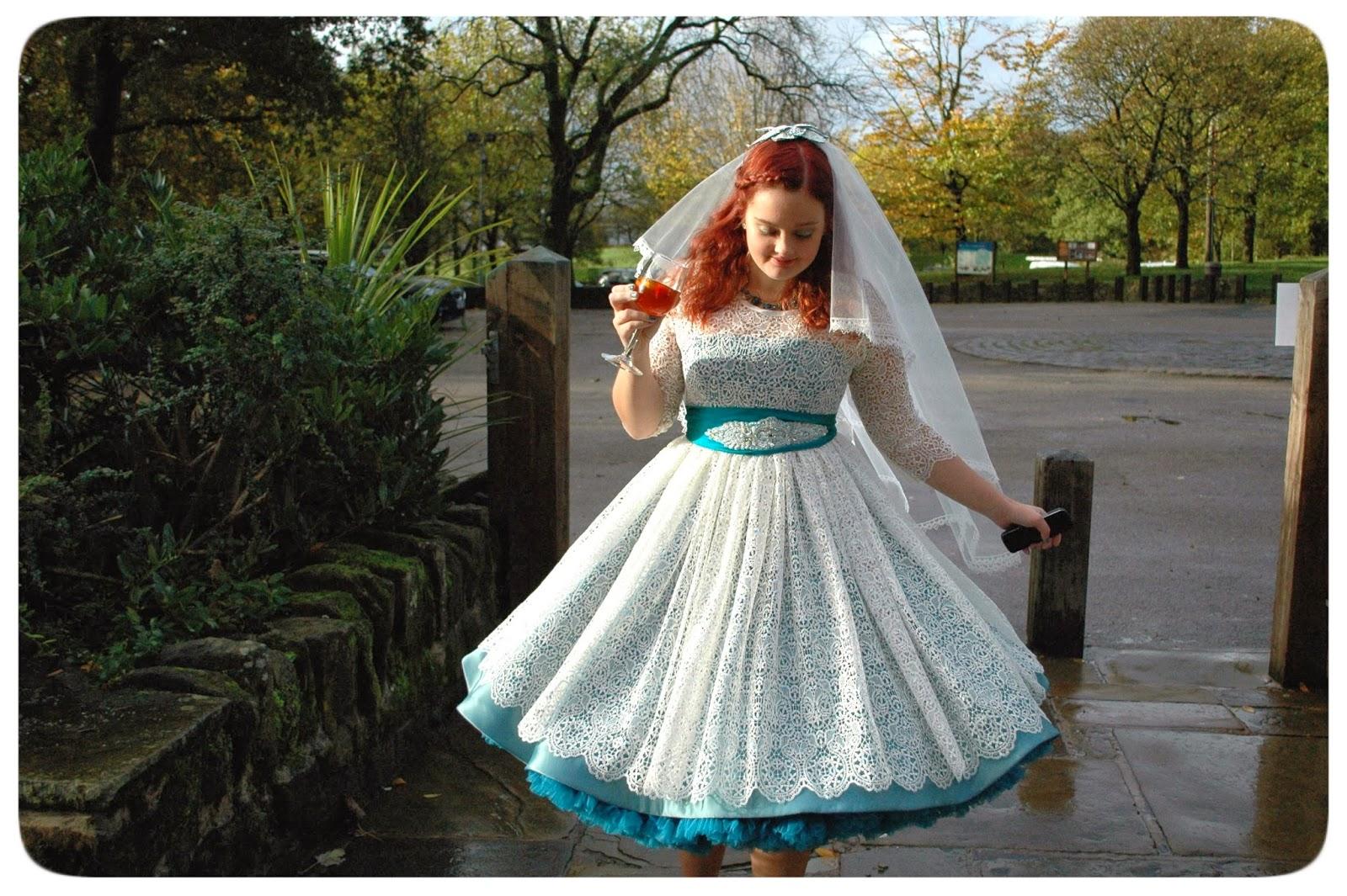 Last Minute Wedding Dress - Wedding Photography