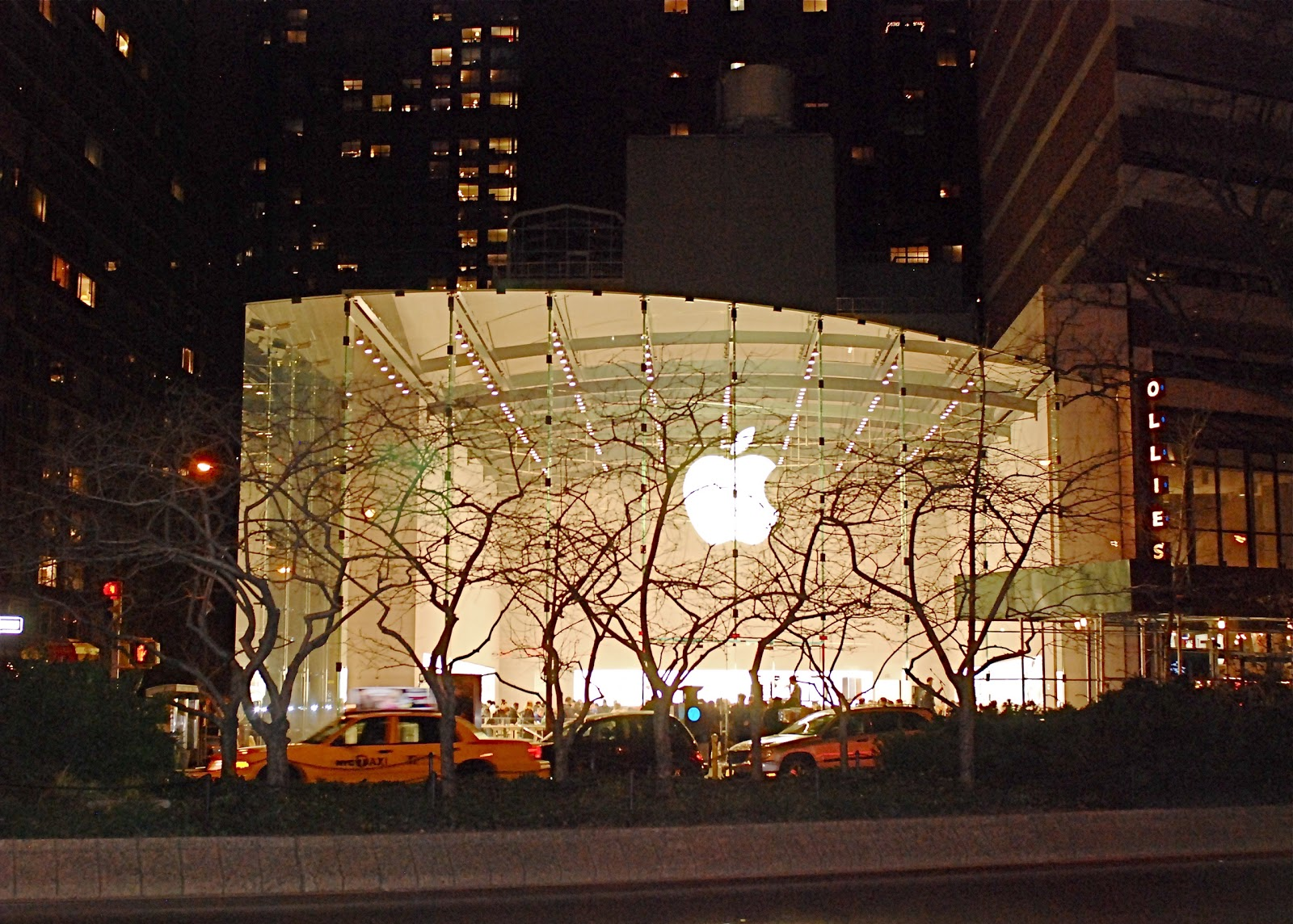 Apple store west side