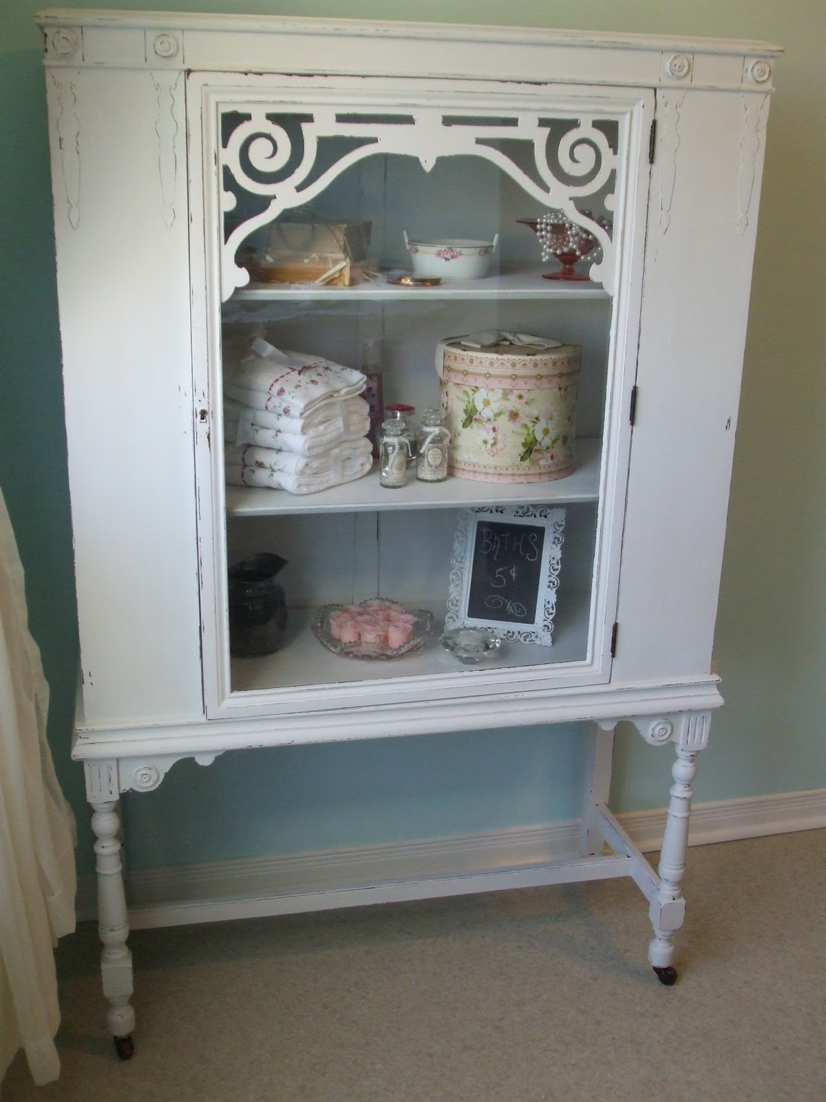 simply chic treasures shabby chic white china cabinet. Black Bedroom Furniture Sets. Home Design Ideas