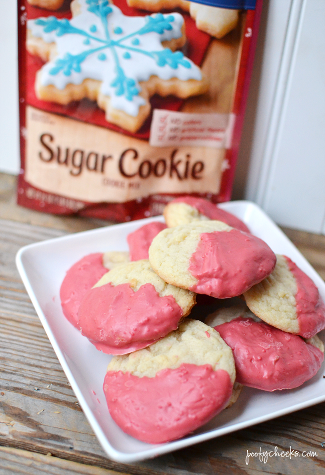 Easy Peppermint Dipped Sugar Cookie Recipe