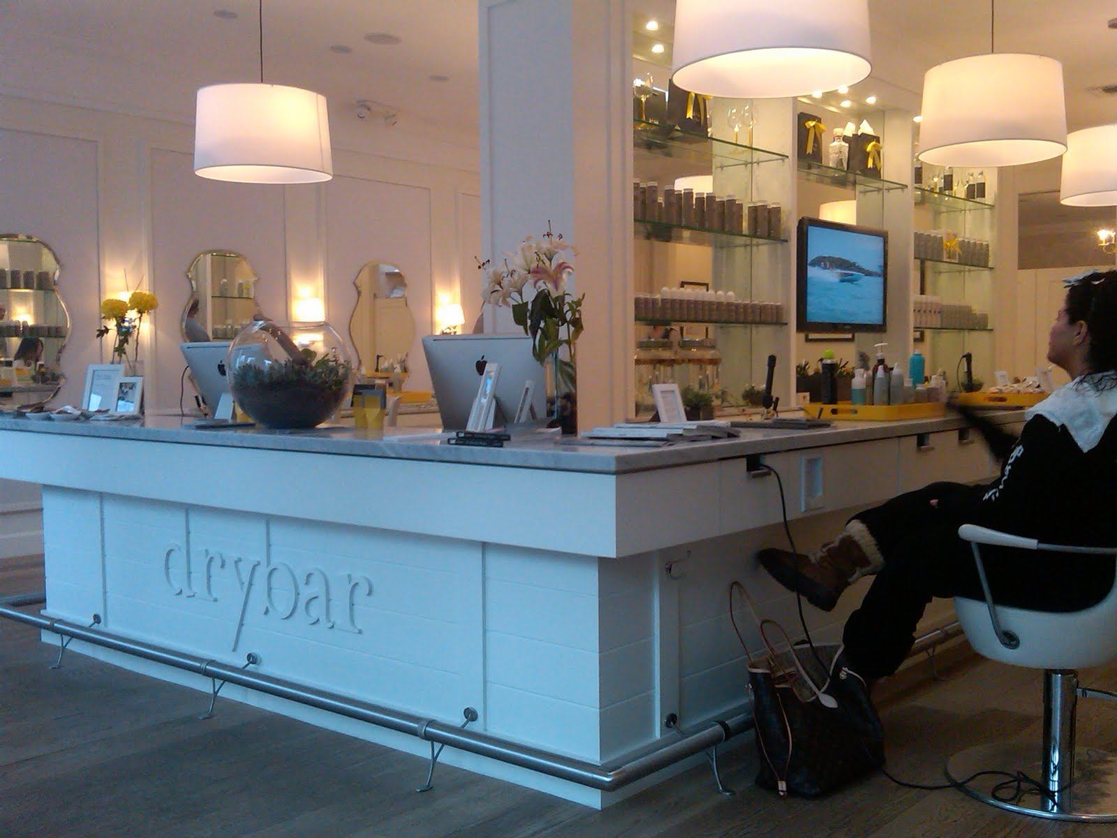 A Salon Of Studio City Of The Beauty Of Life Salon And Spa Directory Drybar