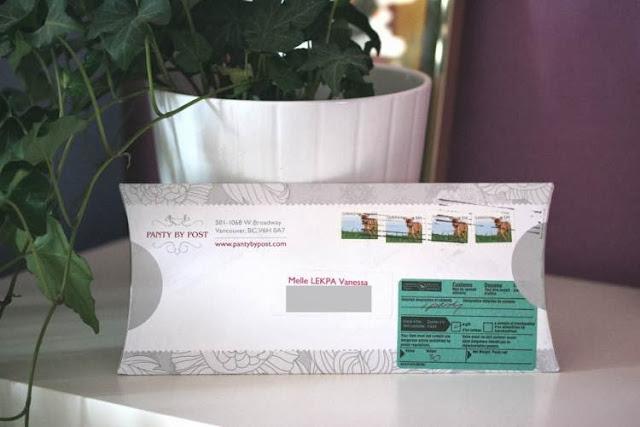 box lingerie par la poste boite cartonné lingerie pantybypost blanche et grise design vintage féminin et élégant