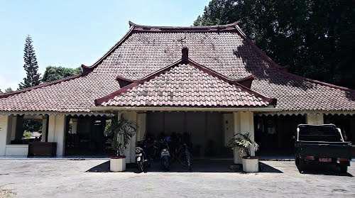Hibridrasasi dan kematangan arsitektur Indonesia