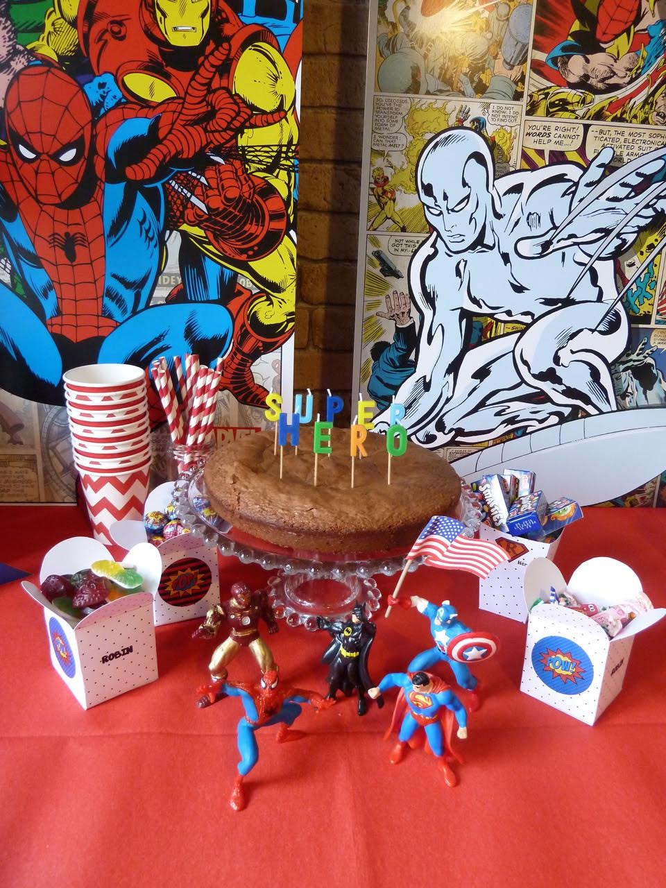 boites gourmandises spiderman superman