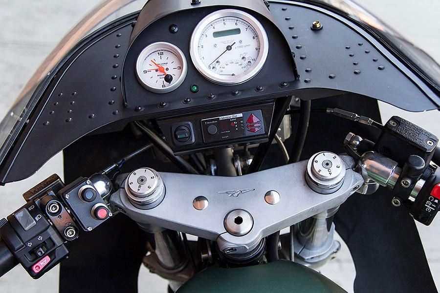 Guzzi 1000 Manel Segarra replica Inazuma caf racer