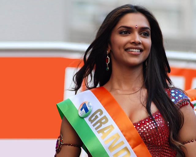 Deepika padukone: Hot Bollywood Actress, Photos, Family,Biography ...
