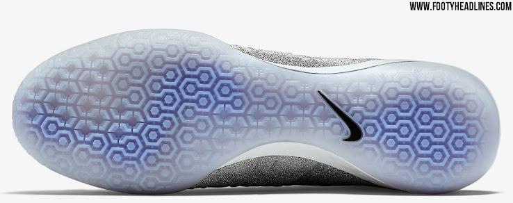 Giày đá bóng Nike Mercurial X Proximo SE CR7 Silver 3