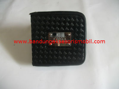 Box CD Persegi Prada Black
