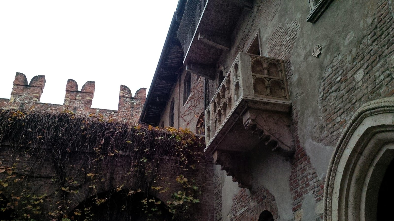 Juliet's balcony in Juliet's House in Verona