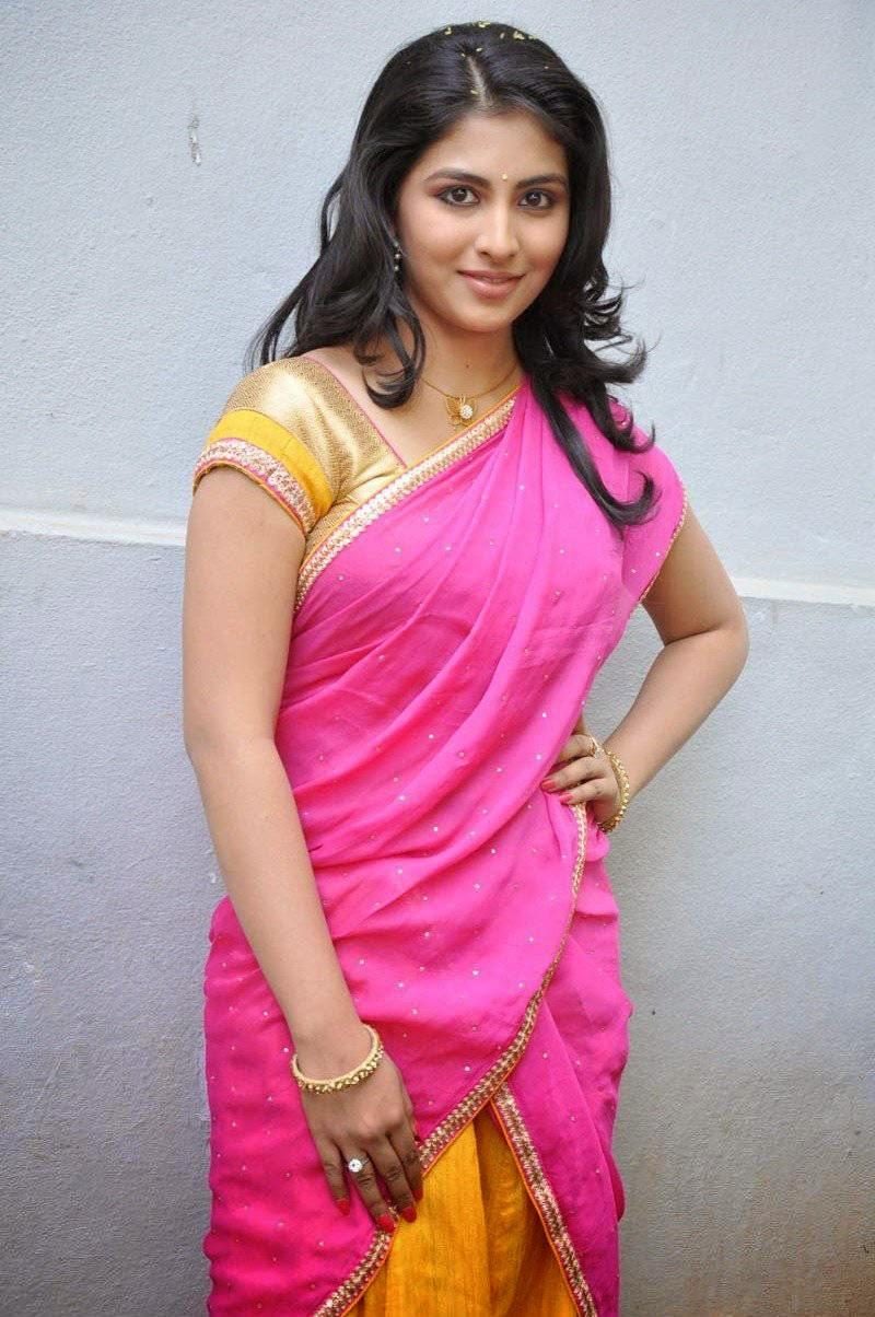 Actress Kruthika Jayakumar Latest Cute Hot Pink Half Saree Navel Show Spicy Photos Gallery At Vinavayya Ramayya Telugu Movie Launch