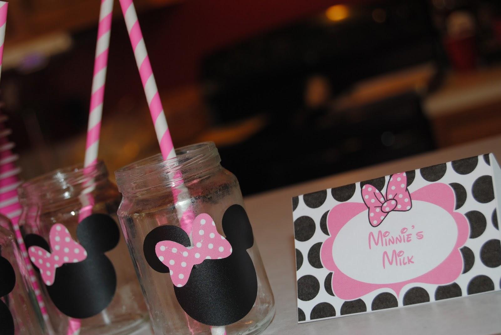 Minnie Birthday Invitations as nice invitations ideas