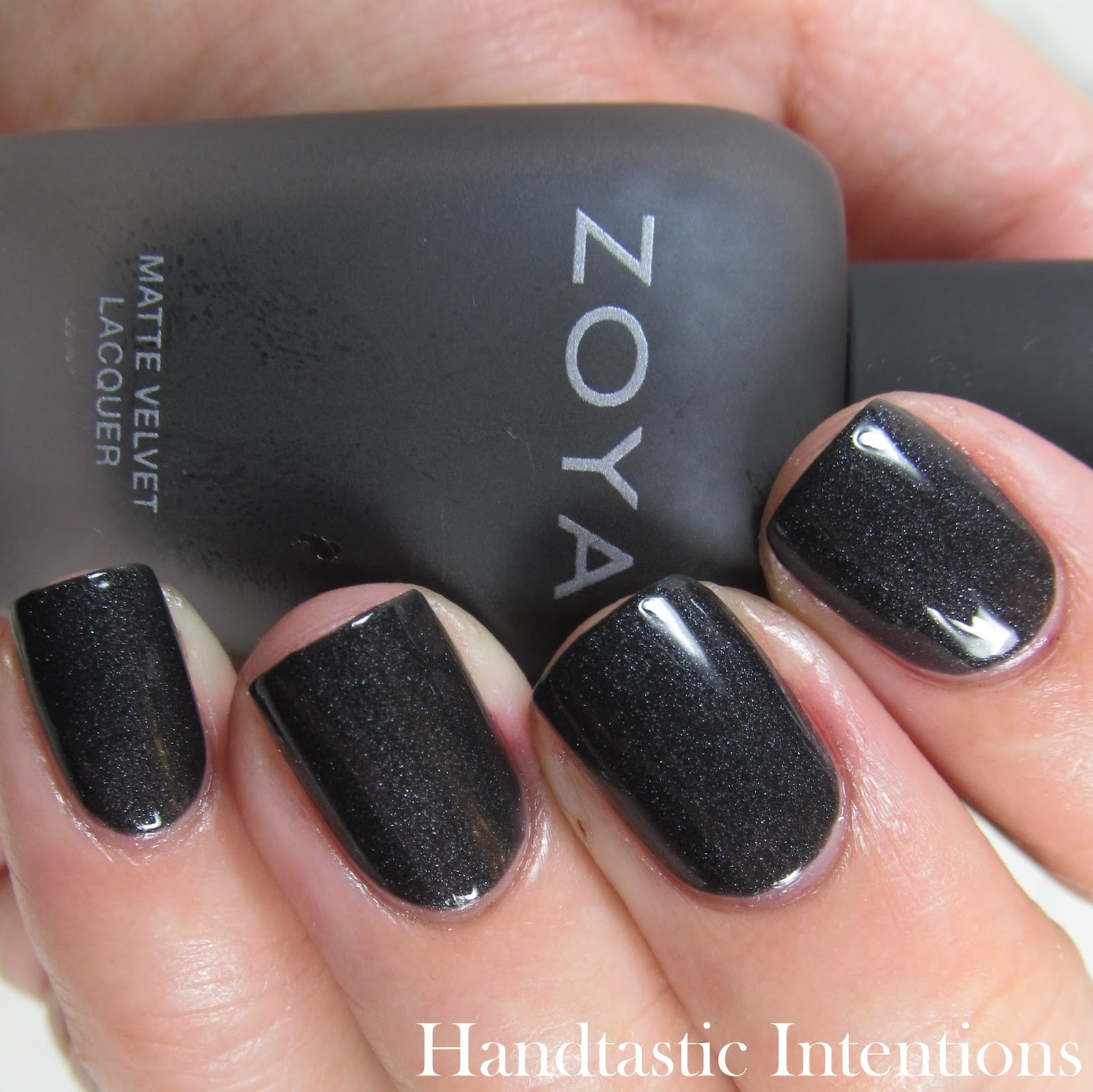 Zoya-Dovima-Gloss
