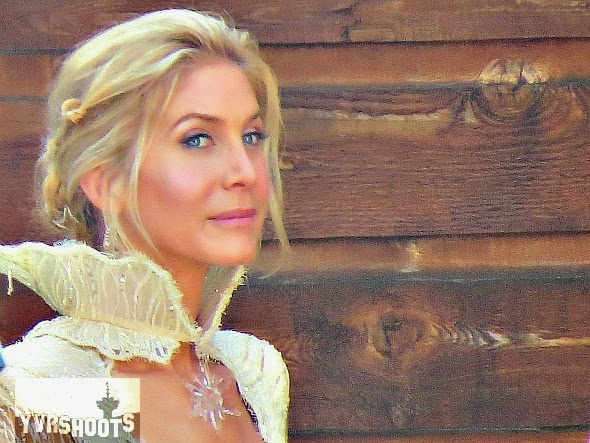Once Upon a Time - Season 4 - Elizabeth Mitchell's Costume Revealed