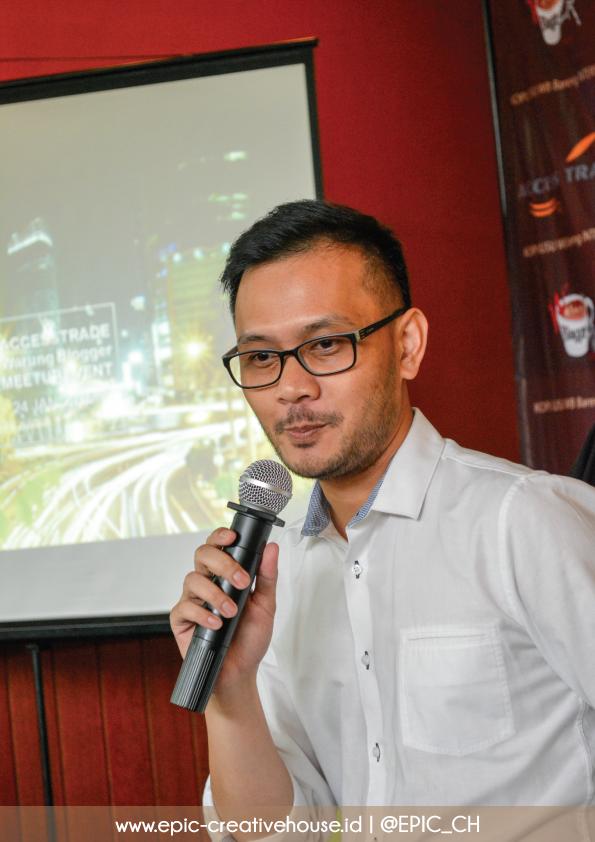 Presentasi sponsor KOPI SUSU Warung Blogger
