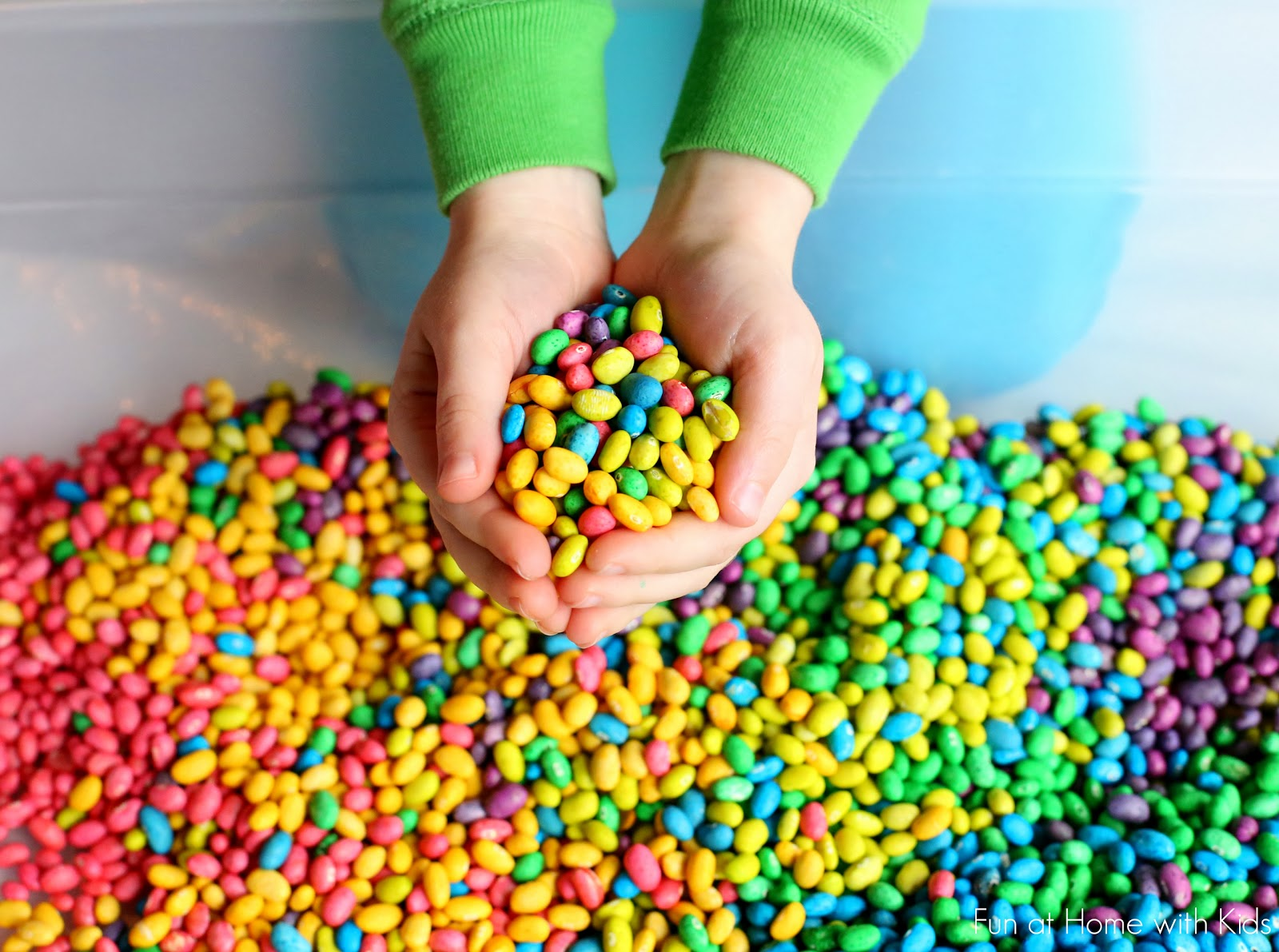 How to dye dried beans for sensory play