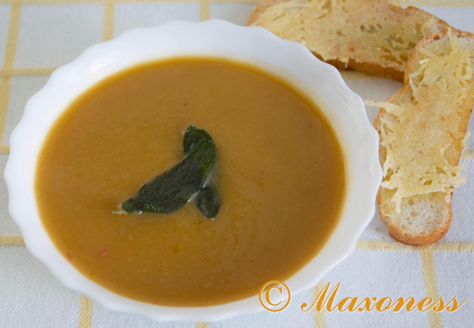 Тыквенный суп с сырными крутонами от Джейми Оливера