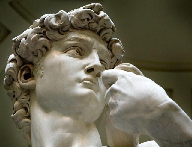El David de Miguel Angel. La esculturas más famosa del renacimiento.