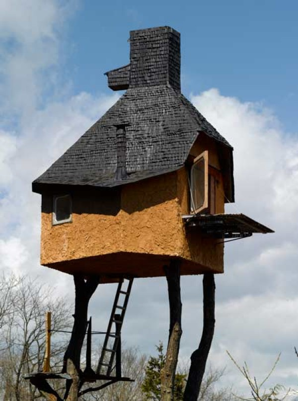 Tea House in Chino, Nagano Prefecture, Japan, World Strangest Homes