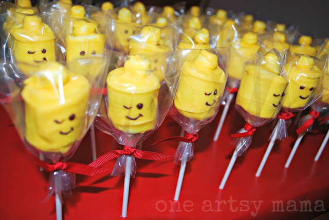 lego head marshmallow pops