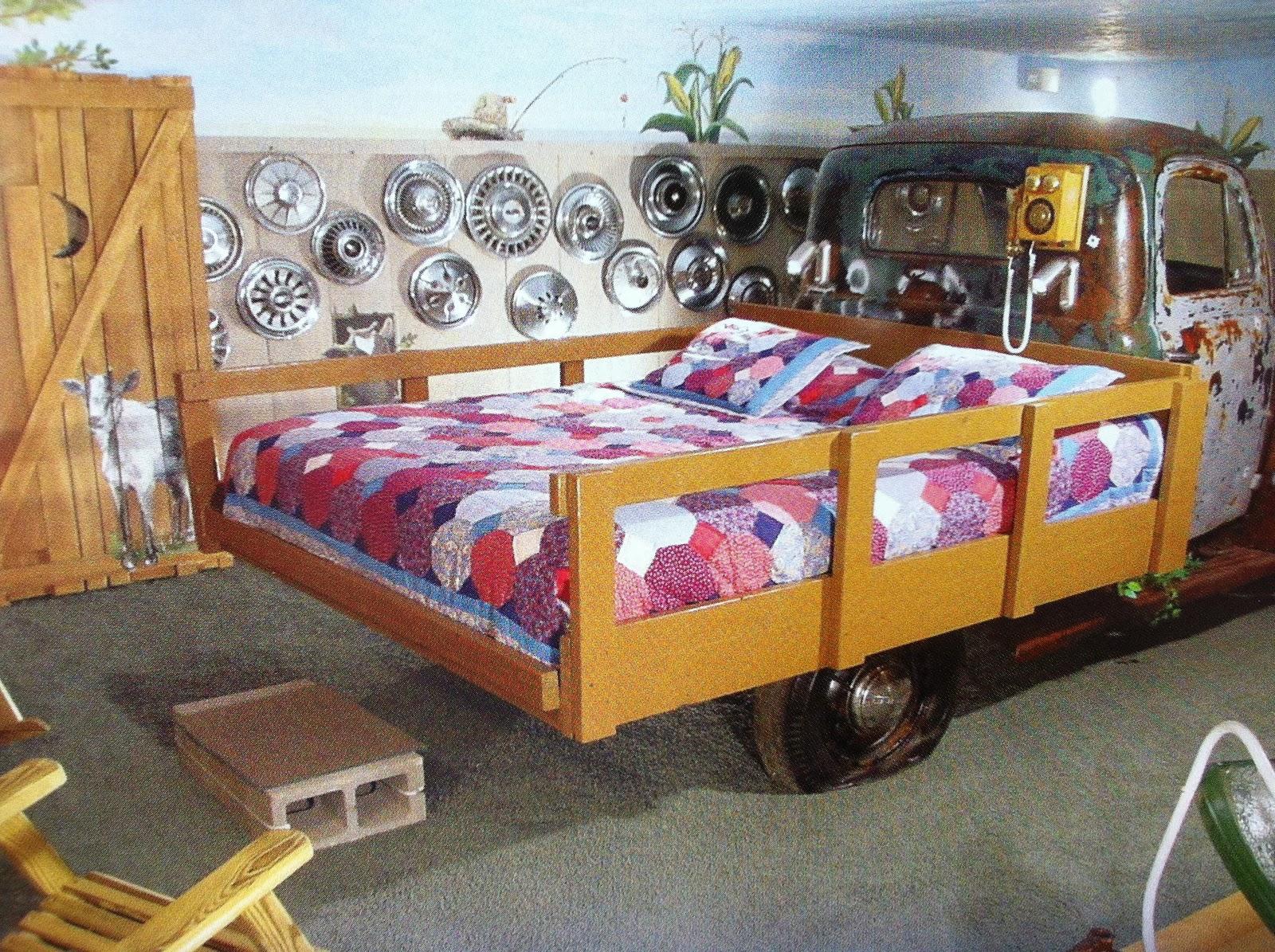 wildwood inn hillbilly room theme. Black Bedroom Furniture Sets. Home Design Ideas