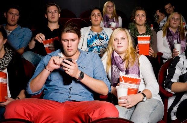 App recompensa você por não usar o celular no cinema