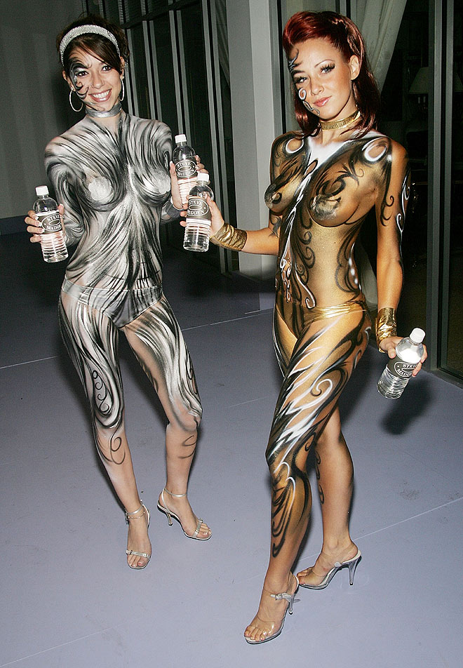 female body painting photos